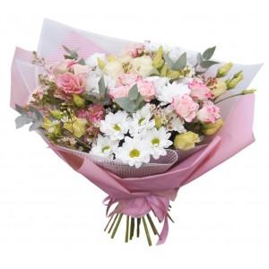 """Букет из кустовых роз, эустом и хризантем  """"Решайся..."""""""