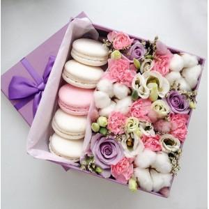 """Цветы в квадратной коробке """"Дежавю"""""""