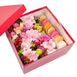 """Цветы в квадратной коробке """"Соблазн"""""""