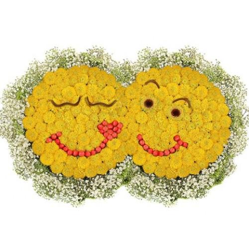 Поцелуй с цветами